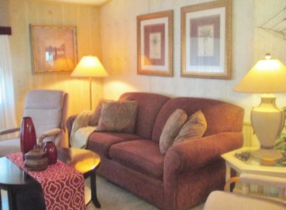 2 BDRM 2 BA W/GOLF CART FOR RENT – Taking Reservations for 2019-2020 The Villages Florida