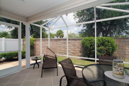 REDUCED..BY OWNER 3/2 Courtyard Villa Like New Central Location The Villages Florida