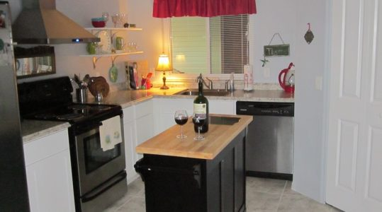 Beautiful 2/2 updated site built home with den and golf cart garage The Villages Florida