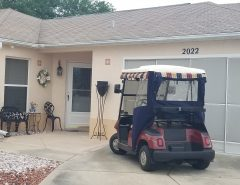 upscale courtyard Villa for rent on Tiera Del Sol golf court. 2 bed, 2 bath. with golf cart. The Villages Florida
