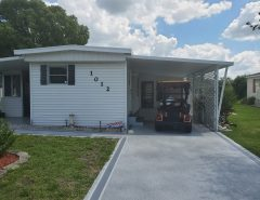Manufacturer totally rehabbed home in orange blossom 2/1 w2 den The Villages Florida